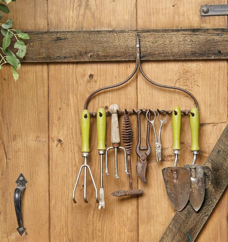 garden storage rake tool hanger