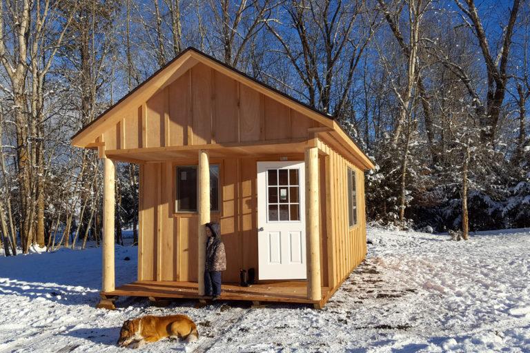 small cabin living1